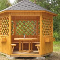 Как построить деревянную беседку на даче