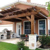 Как пристроить к дому террасу из кирпича
